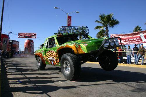 Jesse james trophy truck monster garage edition socal - Jesse james monster garage ...