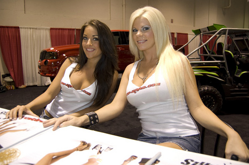 Hot Girls Off Road