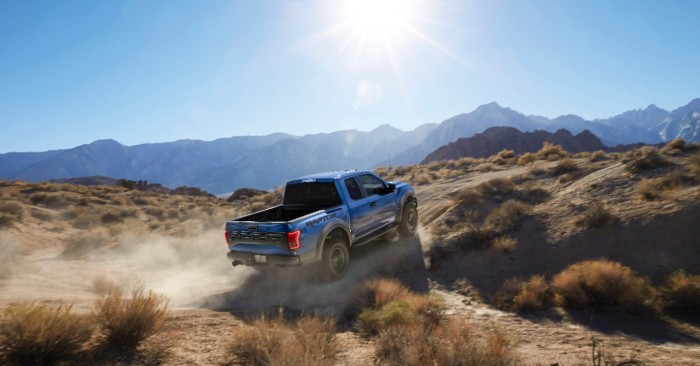 2017 Ford Raptor Driving