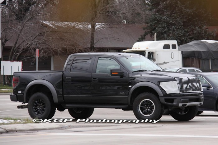 2013 Ford Raptor SVT F-150 Spy Shot 6