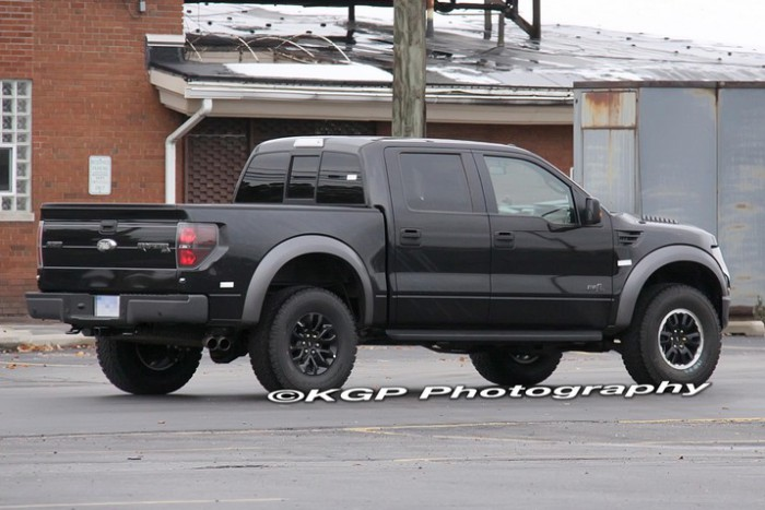 2013 Ford Raptor SVT F-150 Spy Shot 3