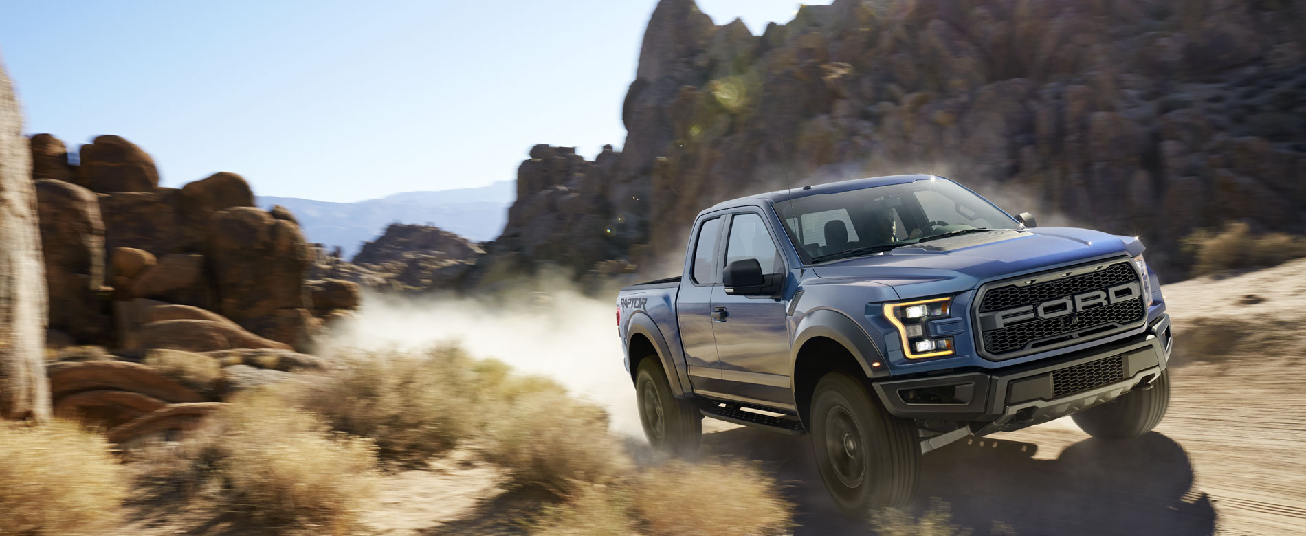 2017 ford raptor in the desert