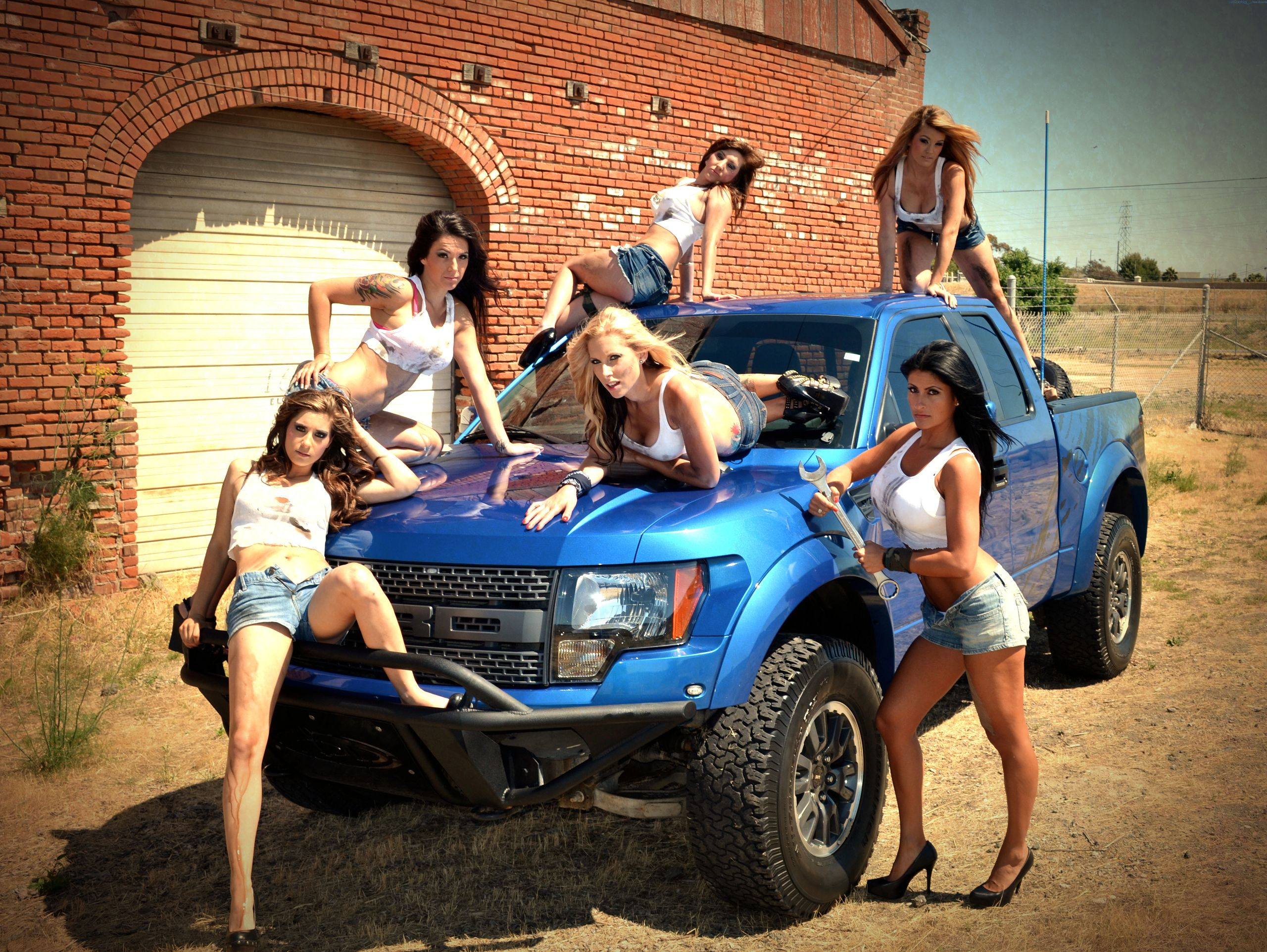 Hot Girls With Ford SVT Raptor